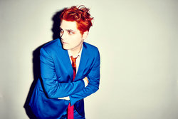 Gerard way 072314 shot 02 0121 ret[1] small